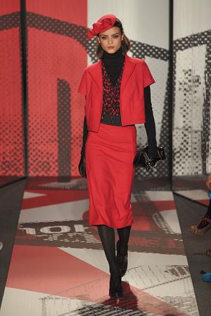 Показ DKNY коллекции сезона Осень-зима 2009-2010 года prêt-à-porter - www.elle.ru - Подиум - фото 90000