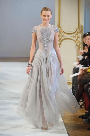 Показ Christophe Josse коллекции сезона Весна-лето 2012 года haute couture - www.elle.ru - Подиум - фото 330186