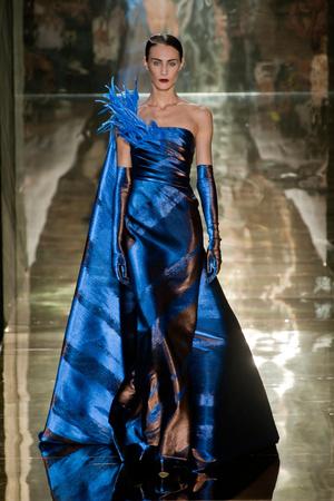 Показ Georges Chakra коллекции сезона Осень-зима 2012-2013 года Haute couture - www.elle.ru - Подиум - фото 403201