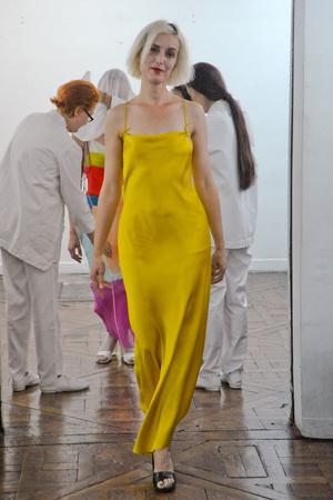 Показ Adeline Andre коллекции сезона Осень-зима 2010-2011 года Haute couture - www.elle.ru - Подиум - фото 167252