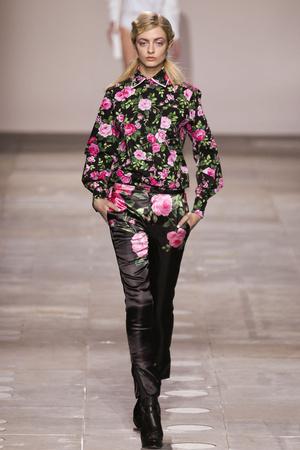 Показ Fashion East коллекции сезона Осень-зима 2012-2013 года Prêt-à-porter - www.elle.ru - Подиум - фото 356125