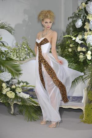 Показ Christian Dior коллекции сезона Осень-зима 2009-2010 года Haute couture - www.elle.ru - Подиум - фото 87323