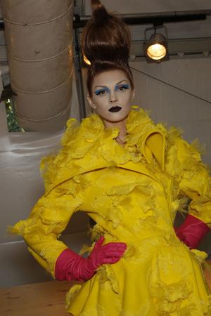 Показ Christian Dior коллекции сезона Осень-зима 2010-2011 года haute couture - www.elle.ru - Подиум - фото 167421