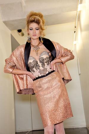 Показ Jean Paul Gaultier коллекции сезона Весна-лето 2012 года Haute couture - www.elle.ru - Подиум - фото 333455