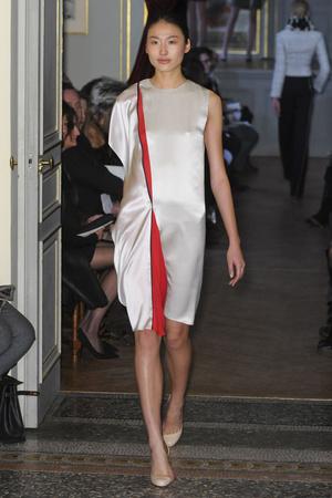 Показ Bouchra Jarrar коллекции сезона Весна-лето 2011 года Haute couture - www.elle.ru - Подиум - фото 214876