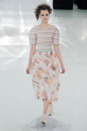 Показ Chanel коллекции сезона Весна-лето 2014 года haute couture - www.elle.ru - Подиум - фото 574486