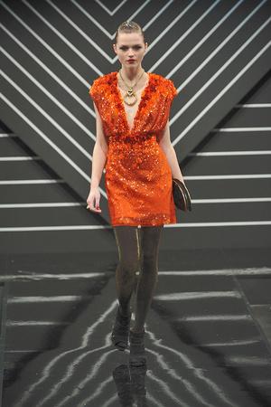 Показ Jenny Packham коллекции сезона Осень-зима 2010-2011 года Prêt-à-porter - www.elle.ru - Подиум - фото 148788