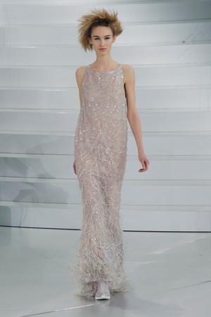 Показ Chanel коллекции сезона Весна-лето 2014 года haute couture - www.elle.ru - Подиум - фото 574489