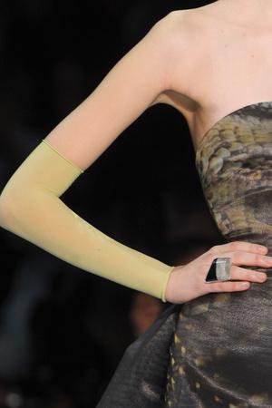Показ Giorgio Armani Privé коллекции сезона Весна-лето 2012 года Haute couture - www.elle.ru - Подиум - фото 331684