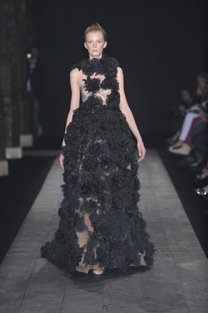 Показ Valentino коллекции сезона Осень-зима 2009-2010 года haute couture - www.elle.ru - Подиум - фото 88411