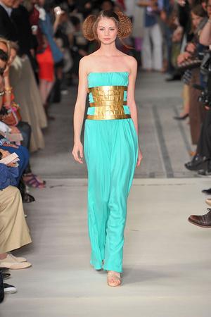 Показ Lefranc Ferrant коллекции сезона Осень-зима 2009-2010 года haute couture - www.elle.ru - Подиум - фото 88060