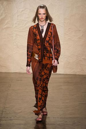 Показ Donna Karan New York коллекции сезона Весна-лето 2014 года prêt-à-porter - www.elle.ru - Подиум - фото 559998