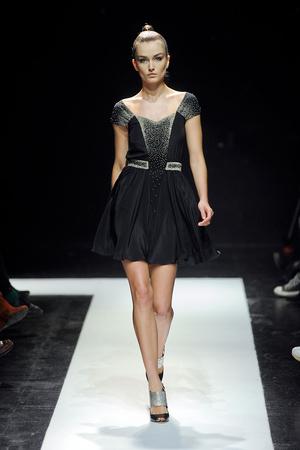 Показ Maxime Simoens коллекции сезона Весна-лето 2012 года Haute couture - www.elle.ru - Подиум - фото 333632