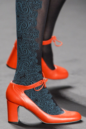 Показ Anna Sui коллекции сезона Осень-зима 2013-2014 года prêt-à-porter - www.elle.ru - Подиум - фото 500821