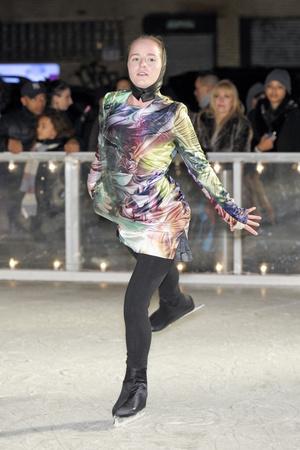 Показ Elise Overland коллекции сезона Осень-зима 2011-2012 года Prêt-à-porter - www.elle.ru - Подиум - фото 226774