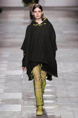 Показ Fashion East коллекции сезона Осень-зима 2012-2013 года Prêt-à-porter - www.elle.ru - Подиум - фото 356135