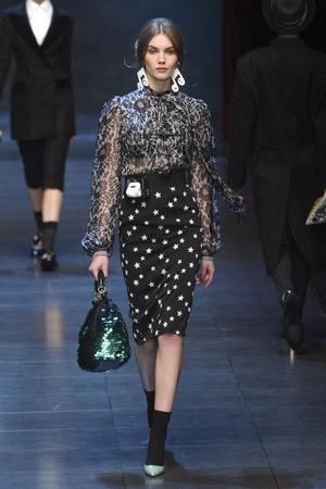 Показ Dolce & Gabbana коллекции сезона Осень-зима 2011-2012 года prêt-à-porter - www.elle.ru - Подиум - фото 246936
