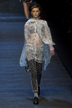 Показ Dolce & Gabbana коллекции сезона Осень-зима 2011-2012 года Prêt-à-porter - www.elle.ru - Подиум - фото 246930