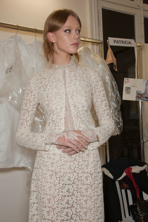 Показ Valentino коллекции сезона Весна-лето 2012 года Haute couture - www.elle.ru - Подиум - фото 332828