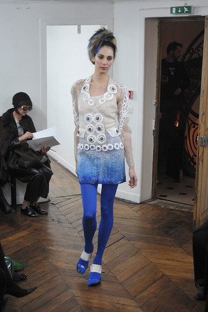 Показ On Aura Tout Vu коллекции сезона Весна-лето 2009 года haute couture - www.elle.ru - Подиум - фото 86895