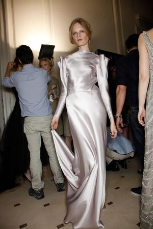 Показ Valentino коллекции сезона Осень-зима 2011-2012 года haute couture - www.elle.ru - Подиум - фото 279015