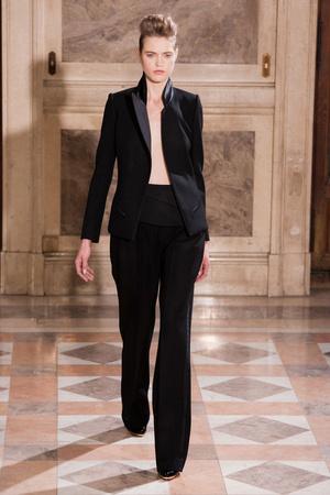 Показ Bouchra Jarrar коллекции сезона Весна-лето 2014 года haute couture - www.elle.ru - Подиум - фото 574671