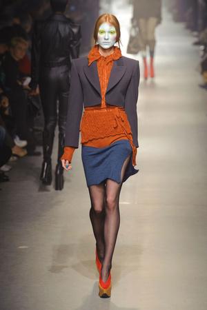Показ Vivienne Westwood коллекции сезона Осень-зима 2013-2014 года Prêt-à-porter - www.elle.ru - Подиум - фото 537648