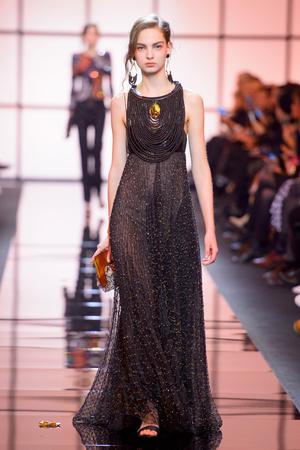 Показ Giorgio Armani Privé коллекции сезона Весна  2017 года Haute couture - www.elle.ru - Подиум - фото 616467