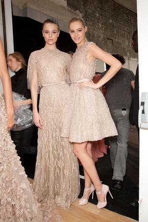 Показ Elie Saab коллекции сезона Весна-лето 2012 года haute couture - www.elle.ru - Подиум - фото 333000