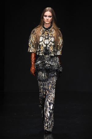 Показ Roberto Cavalli коллекции сезона Осень-зима 2012-2013 года Prêt-à-porter - www.elle.ru - Подиум - фото 369335