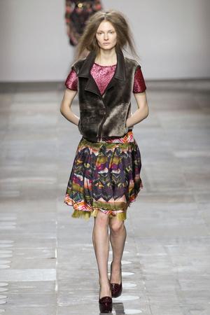 Показ Fashion East коллекции сезона Осень-зима 2012-2013 года Prêt-à-porter - www.elle.ru - Подиум - фото 356127