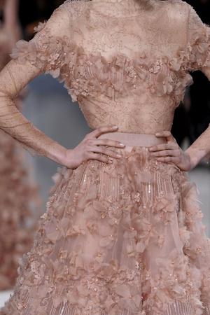 Показ Elie Saab коллекции сезона Весна-лето 2011 года Haute couture - www.elle.ru - Подиум - фото 216991