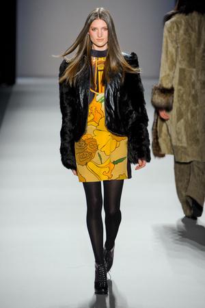 Показ Nicole Miller коллекции сезона Осень-зима 2012-2013 года Prêt-à-porter - www.elle.ru - Подиум - фото 337994