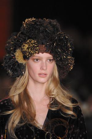 Показ Diane Von Furstenberg коллекции сезона Осень-зима 2009-2010 года prêt-à-porter - www.elle.ru - Подиум - фото 89833