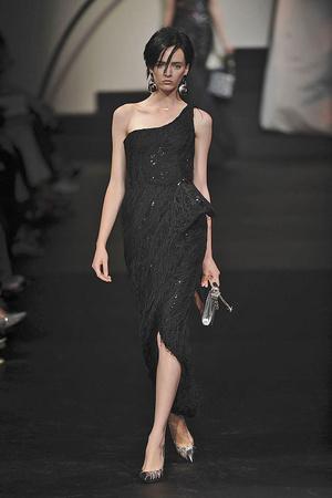 Показ Giorgio Armani Privé коллекции сезона Осень-зима 2009-2010 года haute couture - www.elle.ru - Подиум - фото 87714