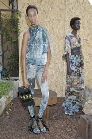 Показ Maurizio Pecorario коллекции сезона Весна-лето 2012 года Prêt-à-porter - www.elle.ru - Подиум - фото 302749