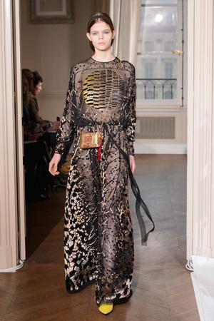 Показ Schiaparelli коллекции сезона Весна-лето  2017 года haute couture - www.elle.ru - Подиум - фото 616352