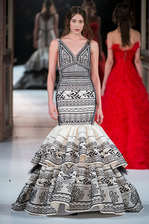 Показ Yanina Couture коллекции сезона Весна-лето  2017 года Haute couture - www.elle.ru - Подиум - фото 616427