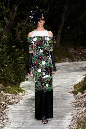 Показ  коллекции сезона Весна-лето 2013 года haute couture - www.elle.ru - Подиум - фото 478970