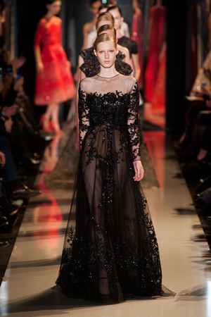 Показ Elie Saab коллекции сезона Весна-лето 2013 года Haute couture - www.elle.ru - Подиум - фото 480402