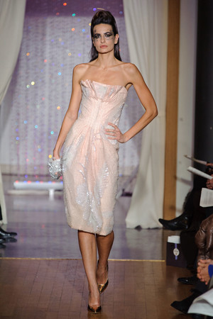 Показ Eric Tibusch коллекции сезона Весна-лето 2013 года Haute couture - www.elle.ru - Подиум - фото 478418