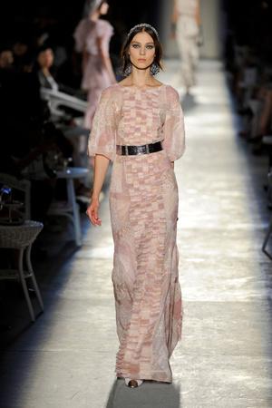 Показ  коллекции сезона Осень-зима 2012-2013 года Haute couture - www.elle.ru - Подиум - фото 403699