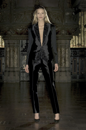 Показ Anne Valerie Hash коллекции сезона Весна-лето 2009 года Haute couture - www.elle.ru - Подиум - фото 86213