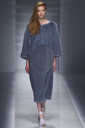 Показ Vionnet коллекции сезона Осень-зима 2014-2015 года Haute couture - www.elle.ru - Подиум - фото 585234