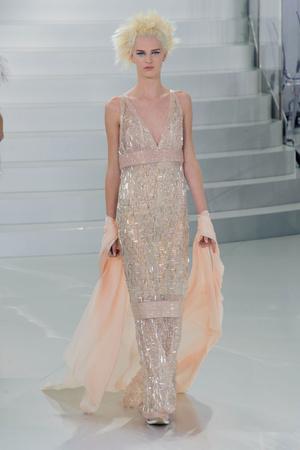 Показ Chanel коллекции сезона Весна-лето 2014 года haute couture - www.elle.ru - Подиум - фото 574493