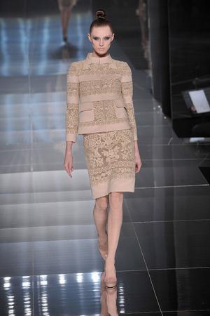 Показ Valentino коллекции сезона Весна-лето 2009 года Haute couture - www.elle.ru - Подиум - фото 86986