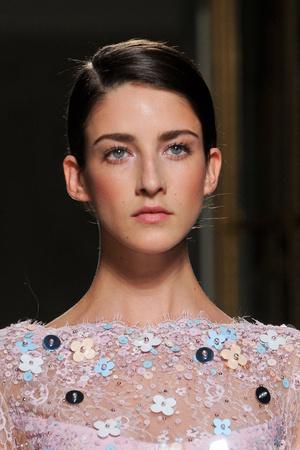 Показ Georges Hobeika коллекции сезона Весна-лето 2013 года Haute couture - www.elle.ru - Подиум - фото 478161