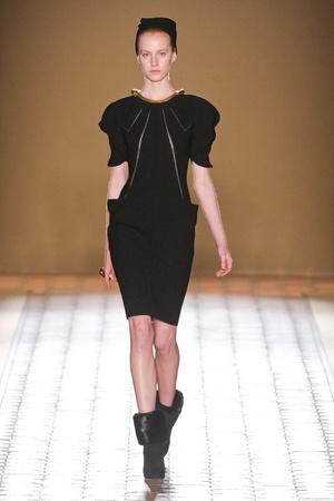 Показ Christophe Josse коллекции сезона Осень-зима 2012-2013 года Haute couture - www.elle.ru - Подиум - фото 403059
