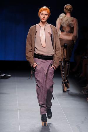 Показ Julien Fournie коллекции сезона Осень-зима 2011-2012 года Haute couture - www.elle.ru - Подиум - фото 278571