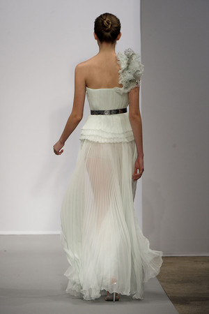Показ Christophe Josse коллекции сезона Весна-лето 2011 года haute couture - www.elle.ru - Подиум - фото 215158